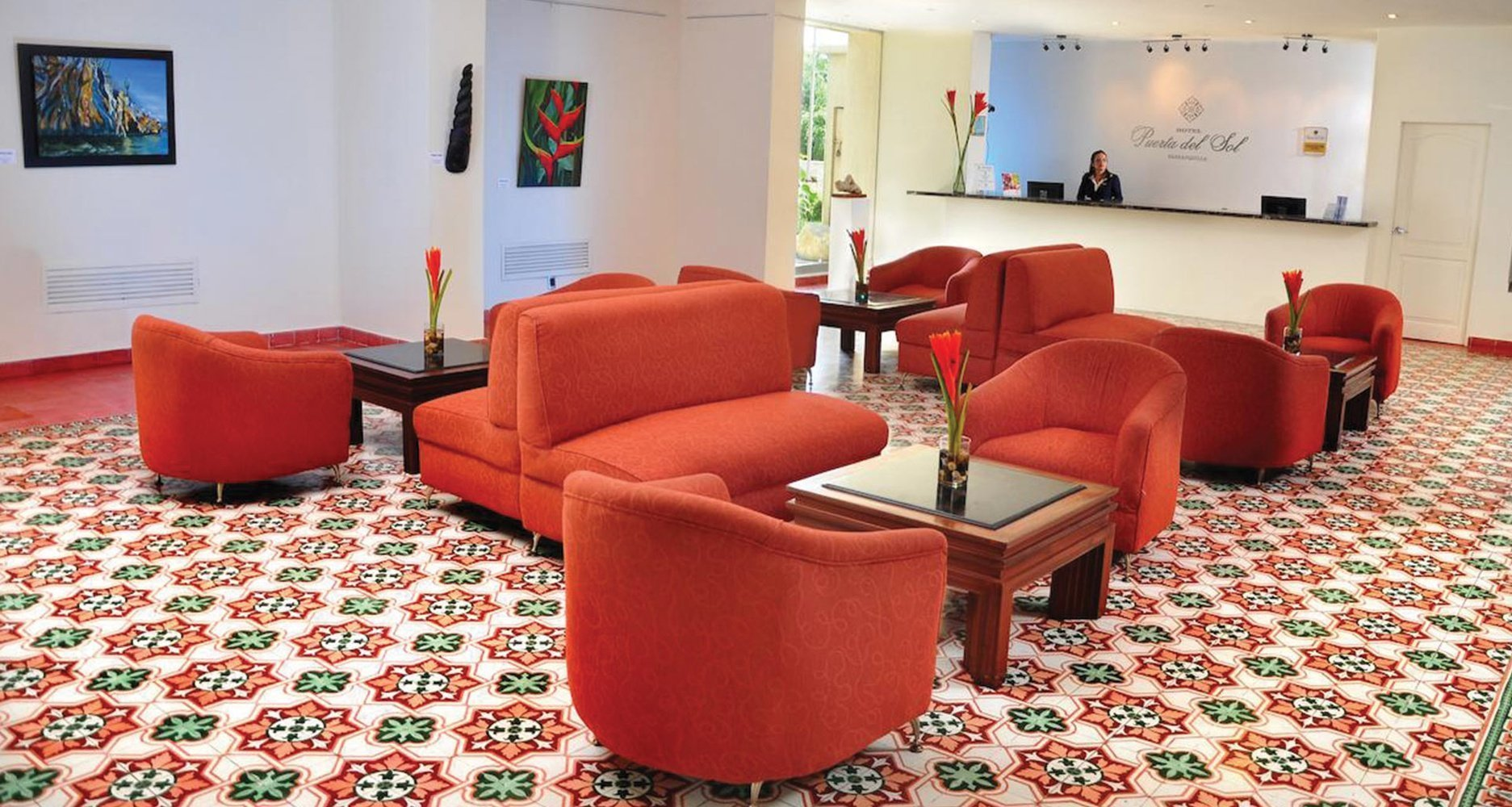 Contemporary elegance, comfort and good service hotel faranda express puerta del sol barranquilla